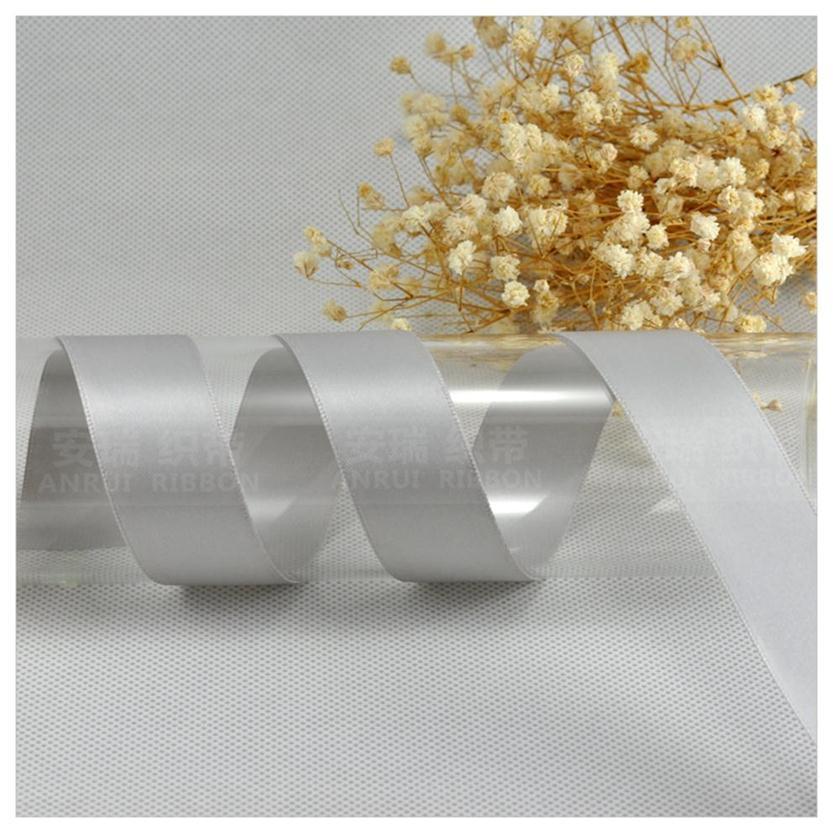 Высокое качество доуле сталкиваются с атласной лентой Silver
