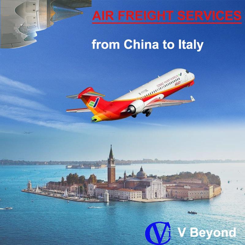 Transporte aéreo de mercadorias em Florença (Itália) provenientes da China