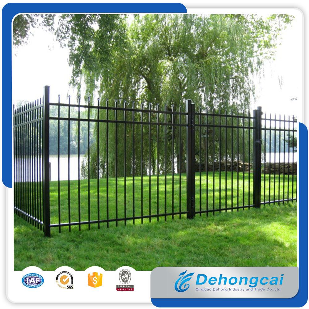 Foto de El polvo galvanizado clásico usado cubrió la cerca/el hierro ...