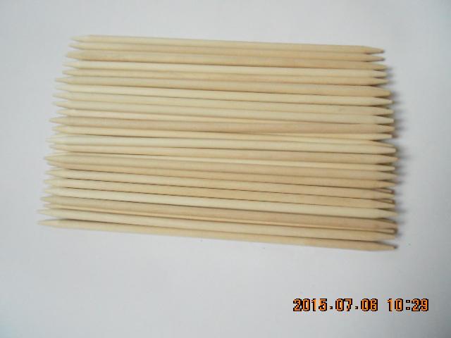 Bastoni aguzzi di betulla del doppio naturale di legno