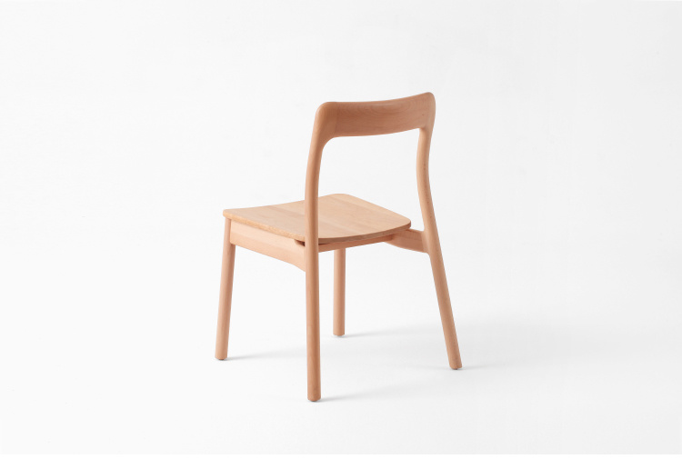 Foto de popular haya silla moderna mesa de comedor de for Mesas de comedor haya