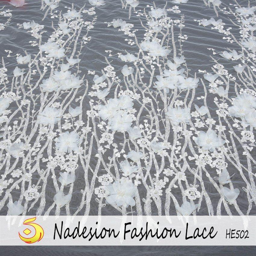 Lacets de haute qualité avec le 3D Fleur dentelle 2018 Cordon blanc tissu dentelle de mariée