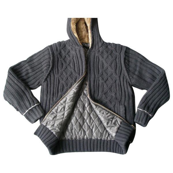 人の編まれたセーター、ウールのカーディガン(SFY-A126)