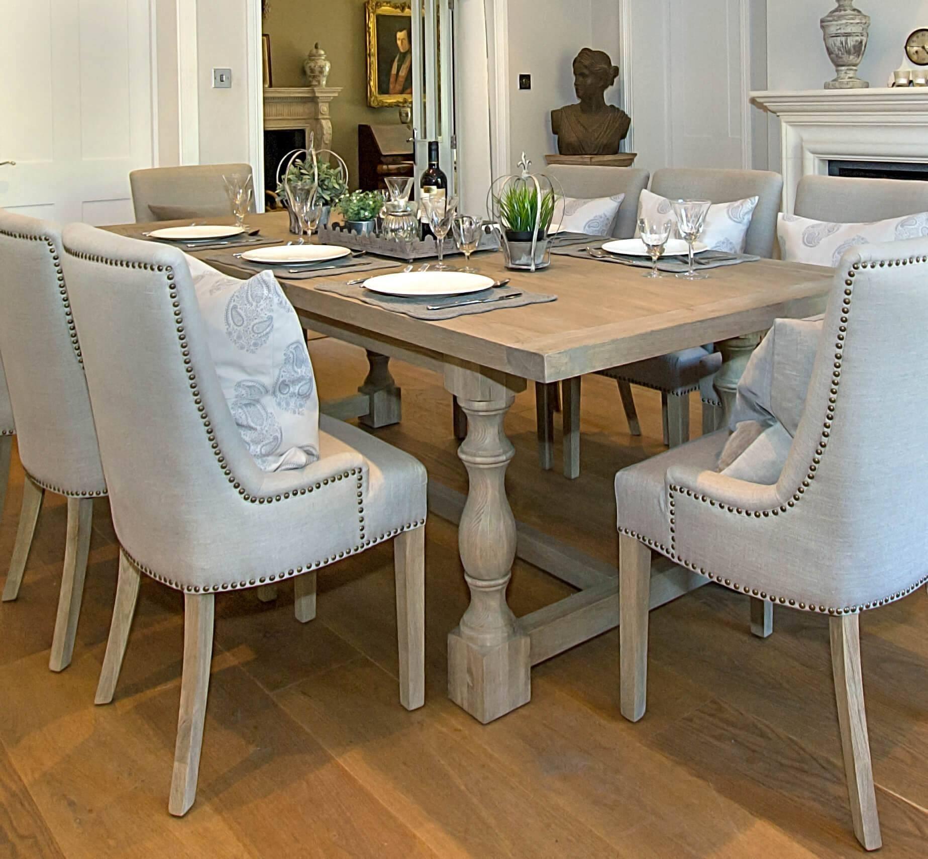 Foto de Hermoso Mediterráneo Muebles de Comedor Sillas ...