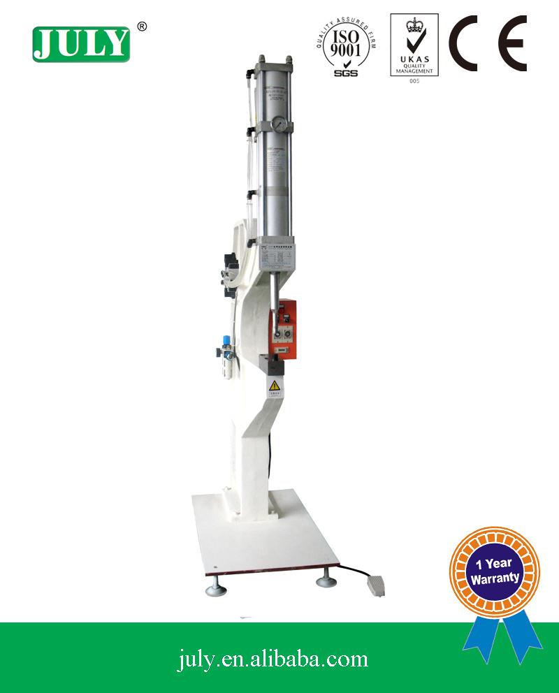 Quatro de alta qualidade Estrutura C murros e Riverting máquinas para venda