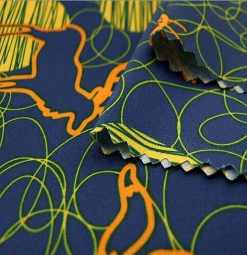 300 طن 100%بوليستر 50d Digital Print Pongee قماش الحرير للملابس
