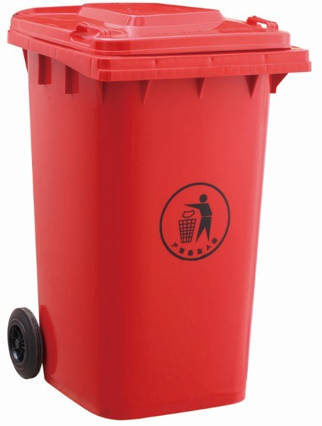 Plastic vuilnisbak van 360 l (EN840)