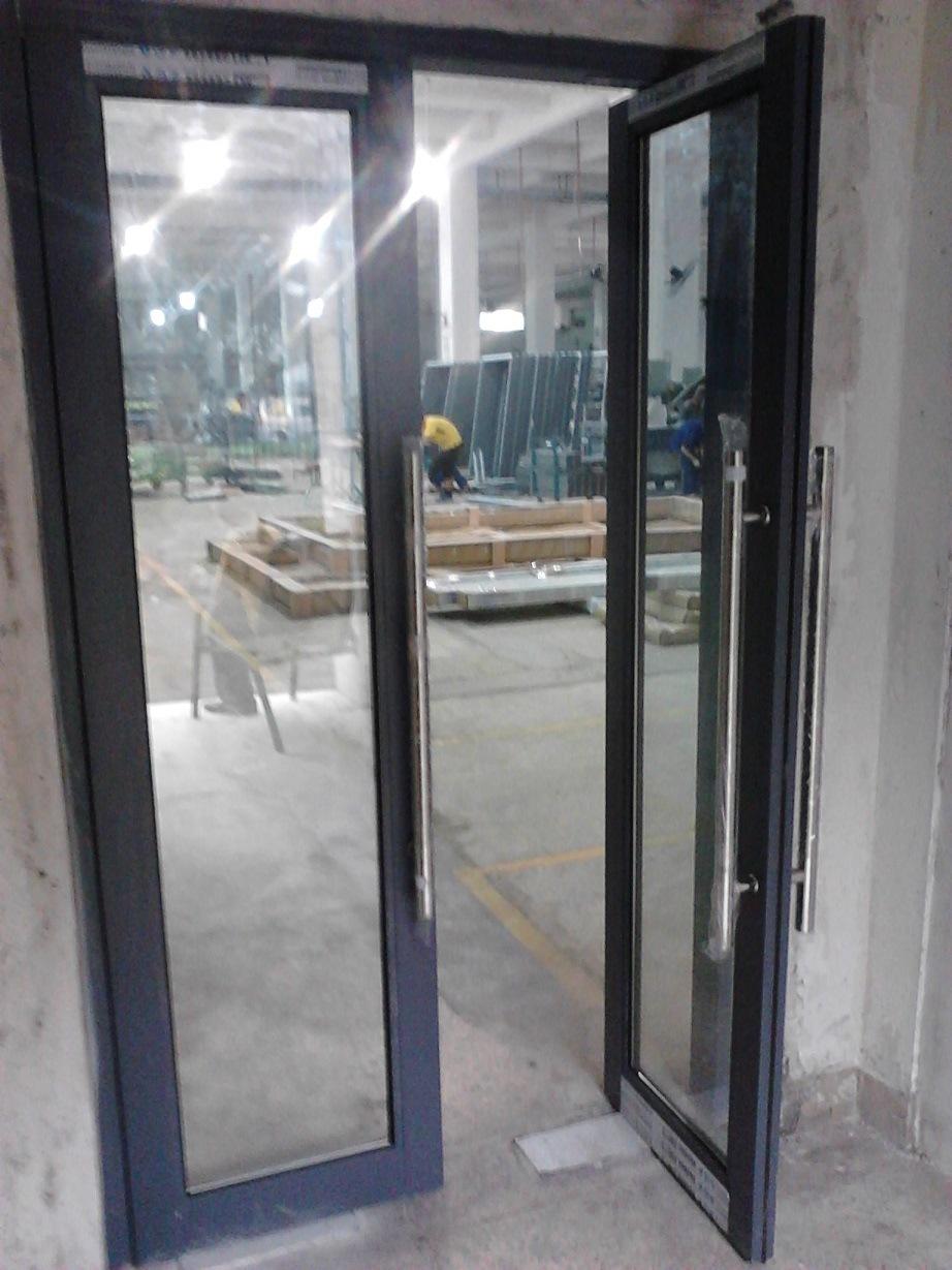 Sin cerco/Marco de aluminio puertas de cristal con piso Closer-Lz46 ...
