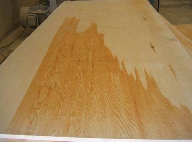 El contrachapado de madera de pino