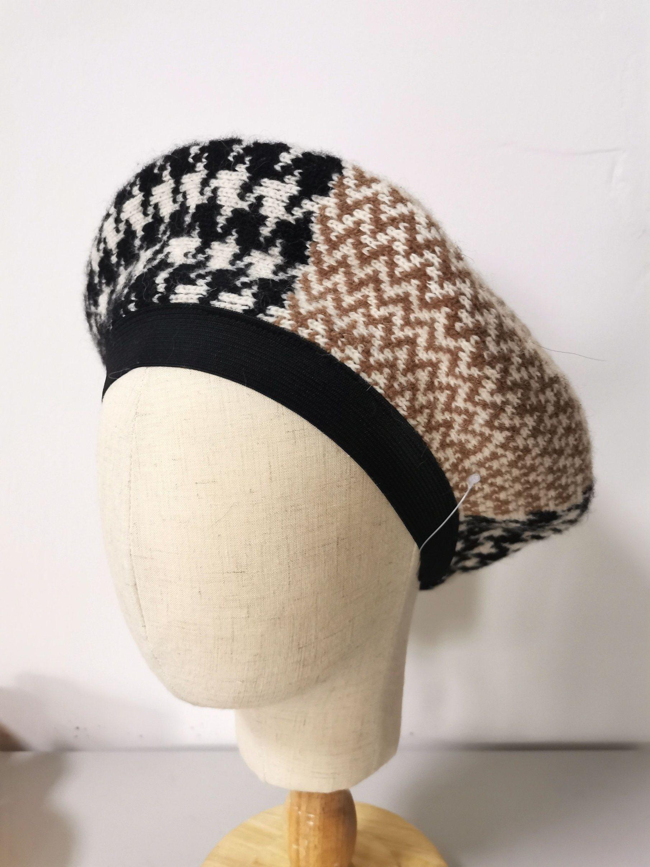 Cappello del berreto di modo di inverno delle donne con il reticolo operato