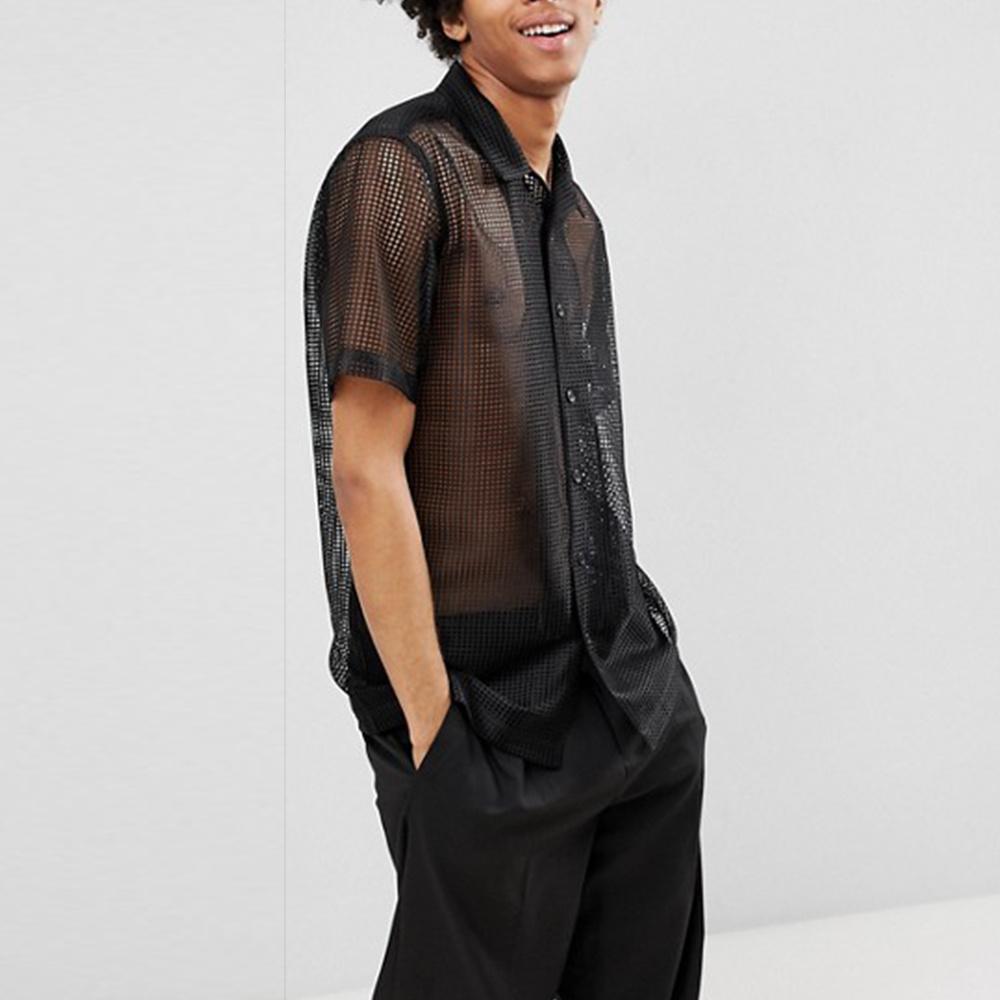 Muffen-schwarzes Ineinander greifen-Hemd verbreiten
