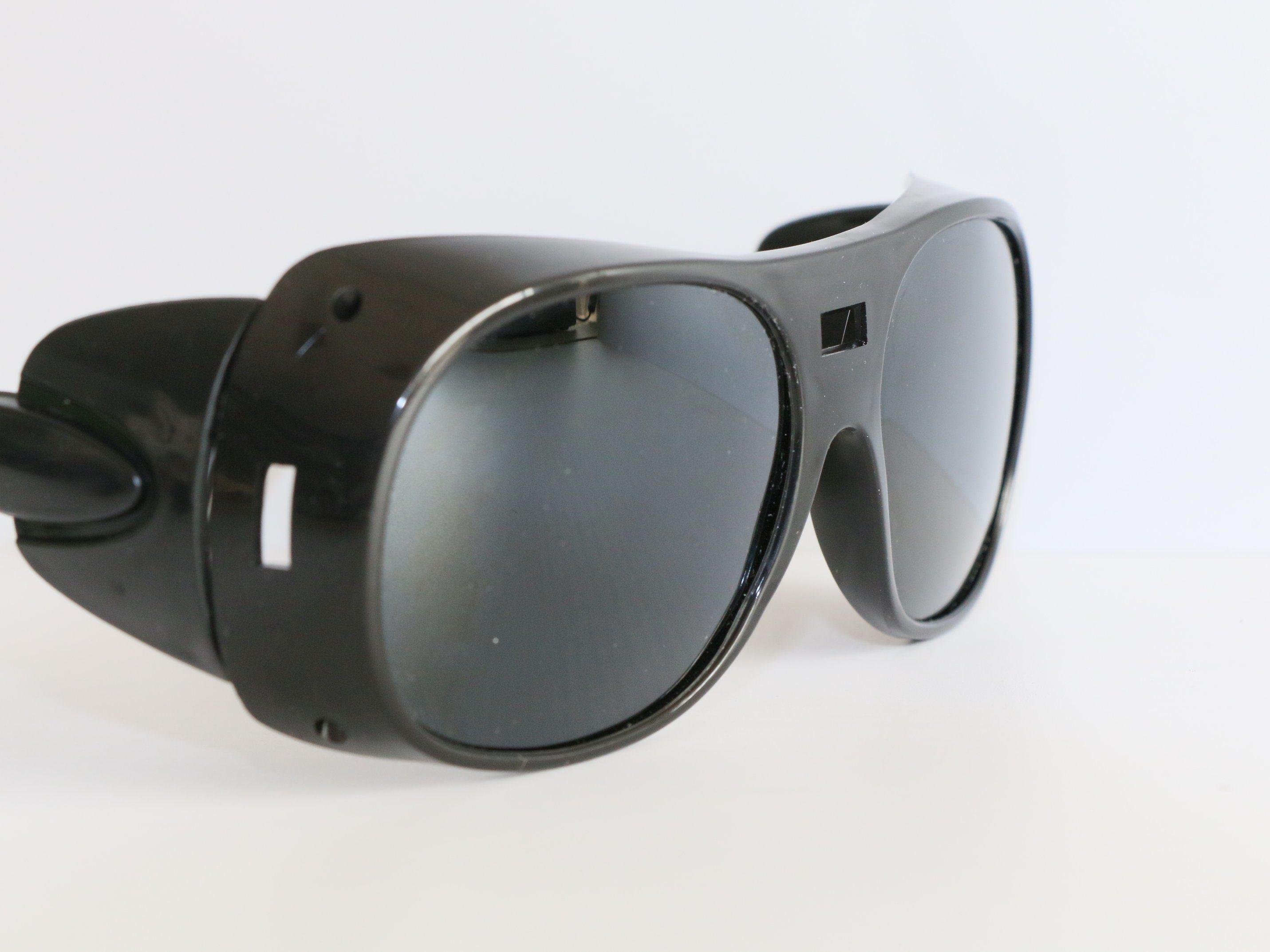 Fabrik Preis Schwarze Gläser in China hergestellt