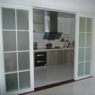 China Puerta Corredera De Aluminio De Vidrio Templado Doble Trackless Para La Cocina Comprar Puerta Deslizante En Es Made In China Com