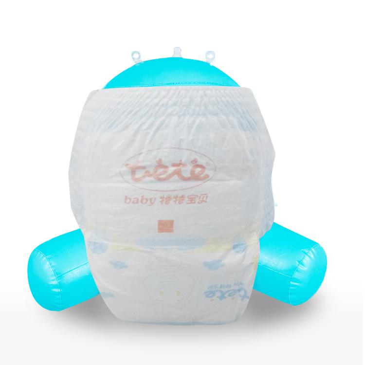 OEM 기저귀 공장 중국 처분할 수 있는 애지중지하는 아기 기저귀 제조자