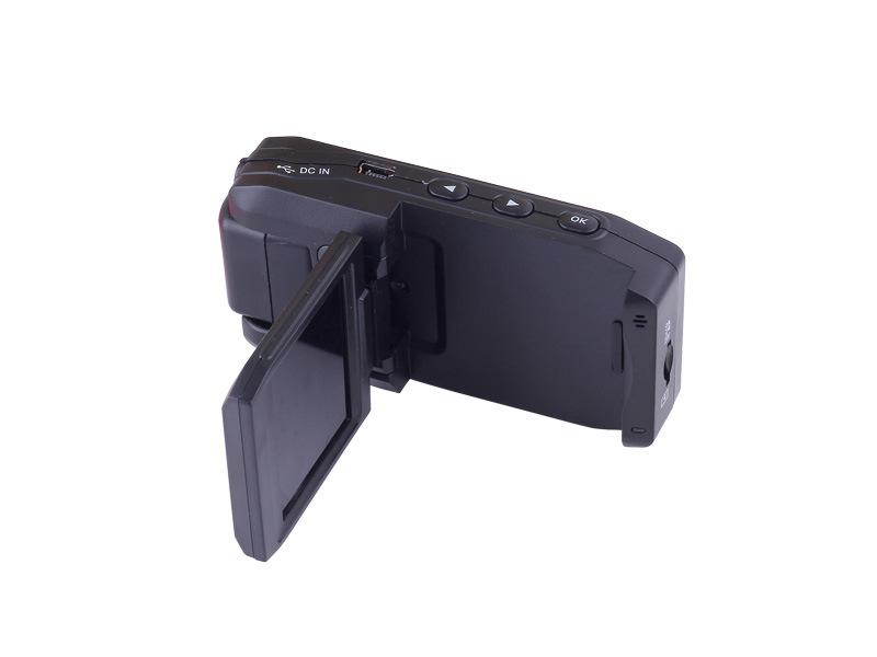مسجل فيديو رقمي (DVR) للسيارة المحمول عالي الدقة بشاشة TFT LCD مقاس 2,0 بوصة طراز P5000