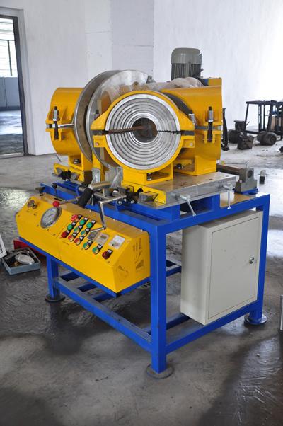 HDPE パイプフィッティングマシン