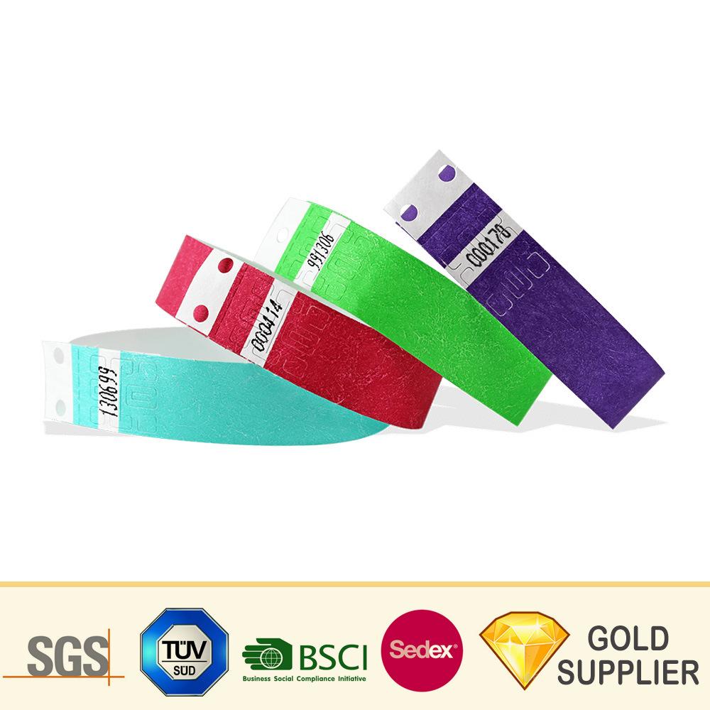 fa3499787a0d Los logotipos personalizados baratos RFID de identificación Tyvek pulsera  de identificación impresión impermeable RFID pasiva desechables