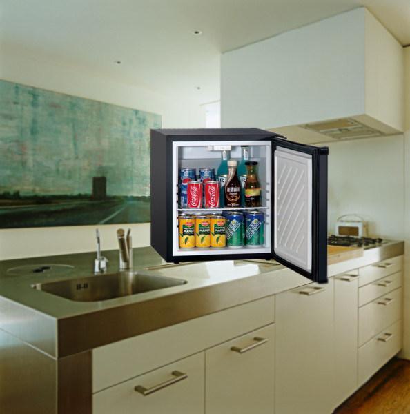 冷凍庫28L容量ワインクーラーなしキッチンアプライアンス冷蔵庫
