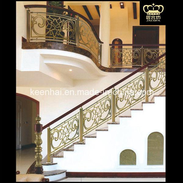Un Escalier Intrieur Luxe Balustrade En Laiton En Aluminium Pour