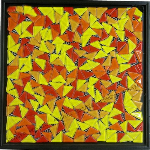 Гравий стеклянной мозаики, вымощены булыжником стеклянной мозаики