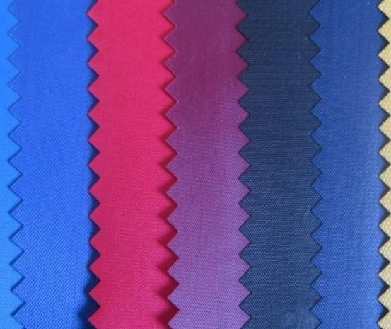 Gewebe des Polyester-420D mit PVC-Schicht