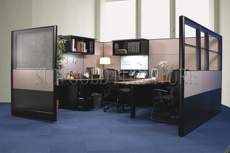 Foto de cub culos modernos de la oficina del mfc del for Cubiculos de oficina