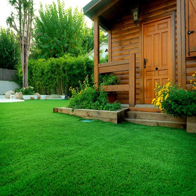 Foto de jardines c sped artificial para jard n decoraci n for Cesped artificial para jardin