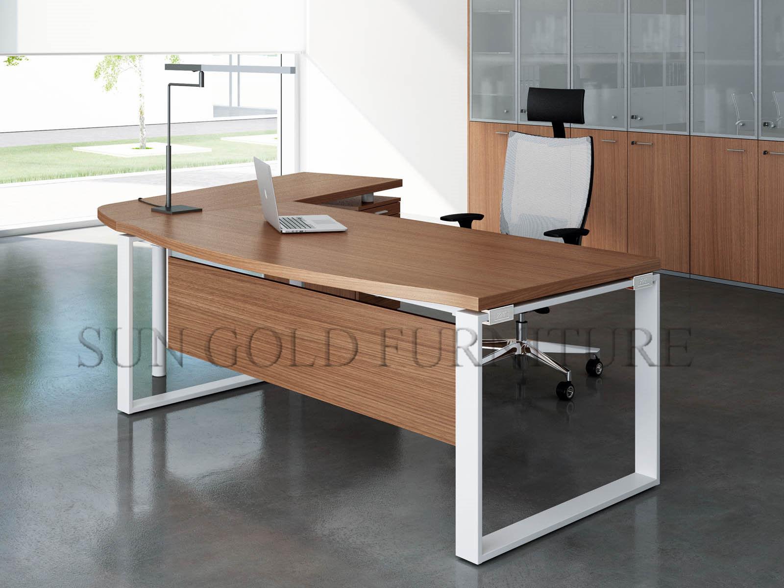 Table de bureau moderne en bois de structure métallique ordinateur