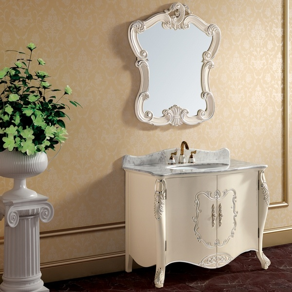 Muebles blancos antiguos de madera derechos del cuarto de for Bano muebles blancos