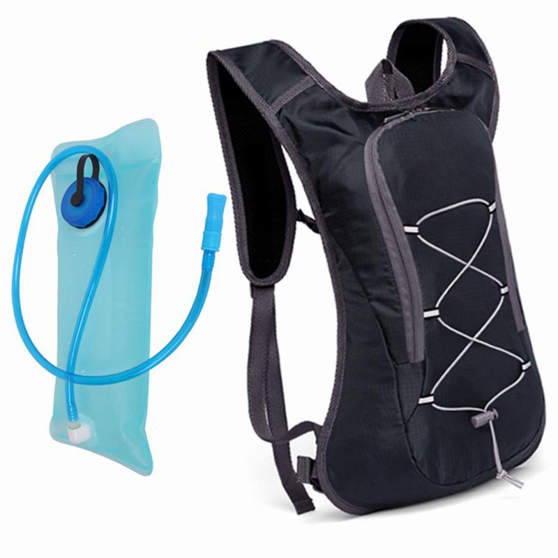 循環水ぼうこうのバックパック袋を実行する水和のマラソンの屋外のハイキングのスポーツ