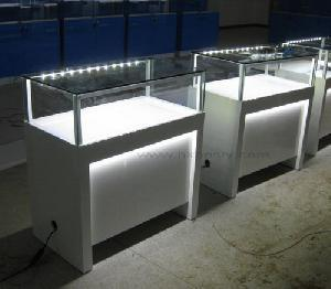 bijoux led vitrine bijoux led vitrine fournis par xiamen jida industry and trade co ltd pour. Black Bedroom Furniture Sets. Home Design Ideas
