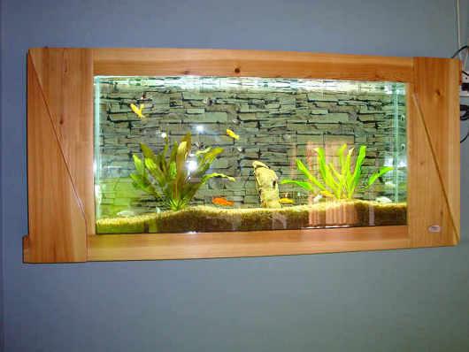 de muur hangt aquarium het kader van de spar de muur hangt aquarium het kader van de spar. Black Bedroom Furniture Sets. Home Design Ideas