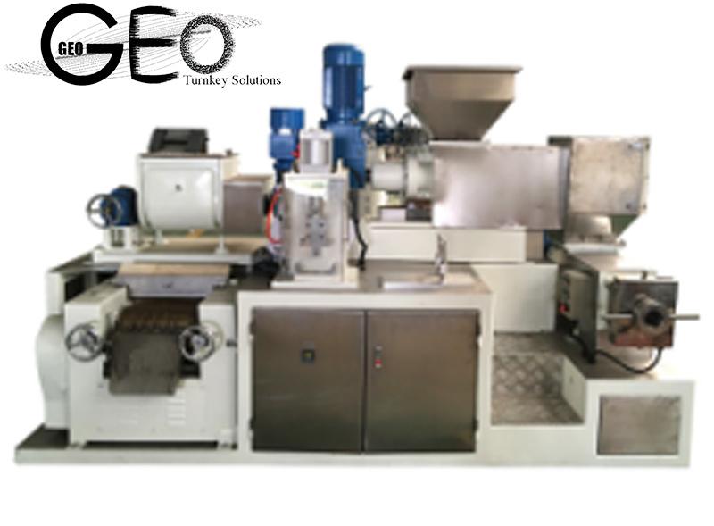 Seifen-Herstellung/Ausschnitt/Aushaumaschine