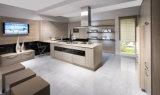 China Manufacturer Wholesale Custom Made Home Furniture Luxury Design High Gloss Modular Modern Kitchen Cabinets