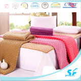 Plain Dyed Pattern and Microfiber Fill Thin Mattress Topper