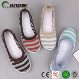 China Manufacturer Flyknit Casual and Sports Shoes for Men and Lady