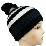 Knitted Beanie in Two Tones NTD1645