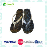 Women′s Slippers, PVC Sole and Straps, Bright Appearance