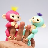 Fashion Baby Gift Fun Finger Monkey Toy Wholesale Christmas Toy