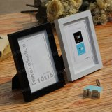 Custom Wholesale and Durable Wall-Mounted Wooden Photo Frame