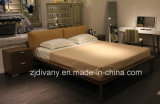 Italian Modern Style Wood Leather Double Bed (A-B39)