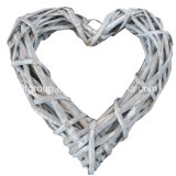 Hot Selling Eco-Friendly Handmade Heart Shape Rattan Home Decor