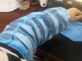 Wholesale Price Disposable Sanitary Products Soft and Comfortable Non Woven Arm Sleeve Cover Oversleeve