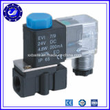 China Supplier 2p Series Pneumatic Solenoid Control Valve 12V Plastic Solenoid Valve