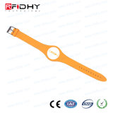 High Security Hf MIFARE (R) DESFire (R) RFID PVC Wristband for Hotel