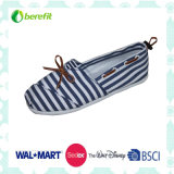 Canvas Shoes with Shoelace Decoration, EVA Sole and Canvas Upper