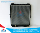 Car Vehicle Auto Radiator for Toyota Hilux Kb-Ln165′97-99-at