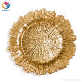 Wholesale 13 Inch Cheap Clear Beaded Glass Charger Plates for Wedding Event with Gold Rim
