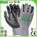 Anti-Abrasion Oil-Proof Knitted Safety Work Gloves with Foam Nitrile Coating/Dots