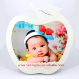 Latest Design Promotional Customized Gift Souvenir Apple Shape Globulite MDF Sublimation Photo Frame